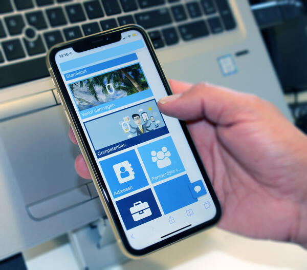 Mobiele applicatie Mysolution portal, urenregistratie